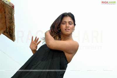Actress bhuvaneshwari designate her boobs,Horny gallery,Video clips