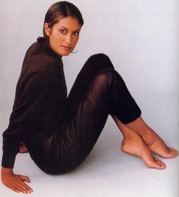 Yasmeen Ghauri Toes
