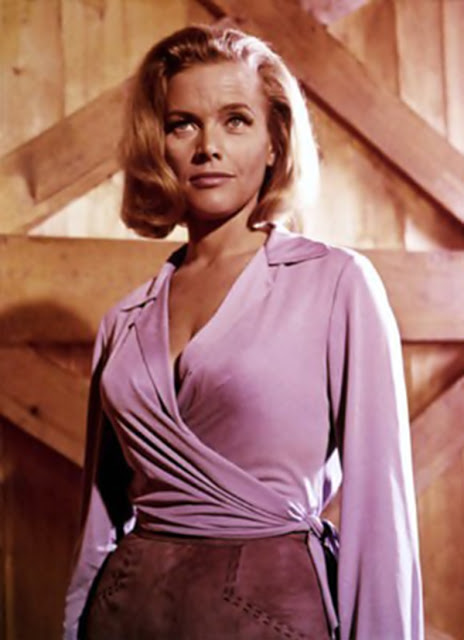 Honor Blackman (Bond Woman)