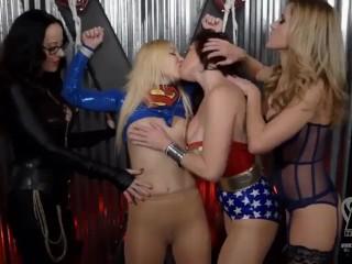 Superheroine Wonder Woman Lesbian Femdom Group Strapon Domination