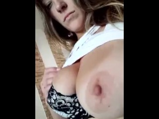I am very horny and want to fuck