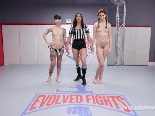 Lesbian wrestling Charlotte Sartre and Maya Kendrick loser strapon fucked