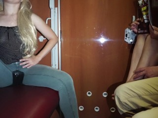 Blonde babe piss pants on public in train - pee desperation in leggings - extreme public pissing!