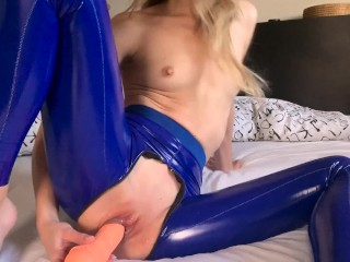 LaraJuicy needs her tight PUSSY FLOGGED and PUMPED with CUMM