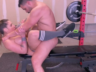 Personal Trainer Gives An Excellent Workout To One Of His Clients From Home